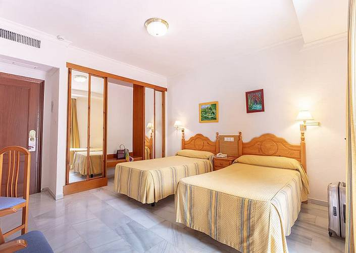 Double room abades loja 3* hotel