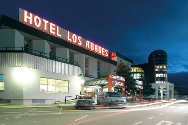 Free outdoor parking abades loja 3* hotel
