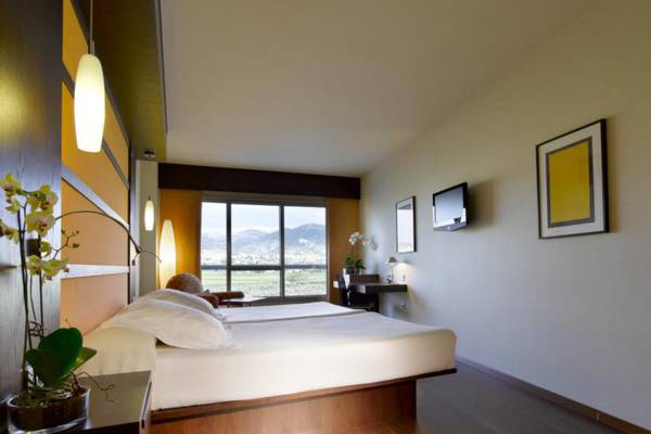 Double room plus extra bed (3 adult) Hotel Abades Nevada Palace 4* in Granada