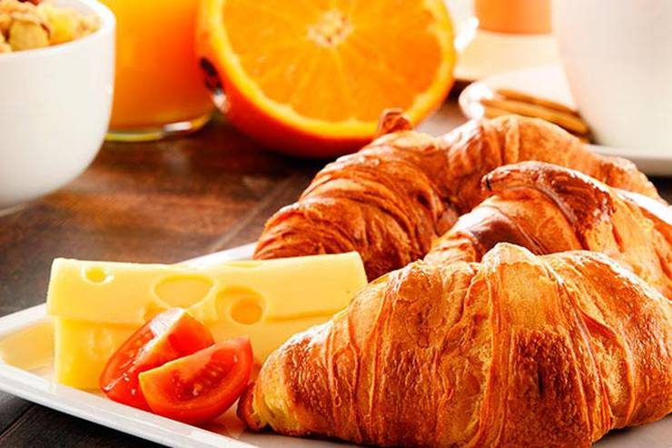Special Offer with Breakfast & Parking Abades hotéis