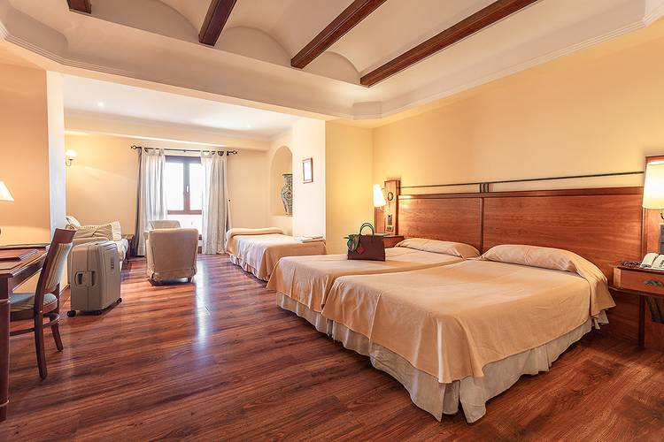 Junior suite abades guadix 4* hotel